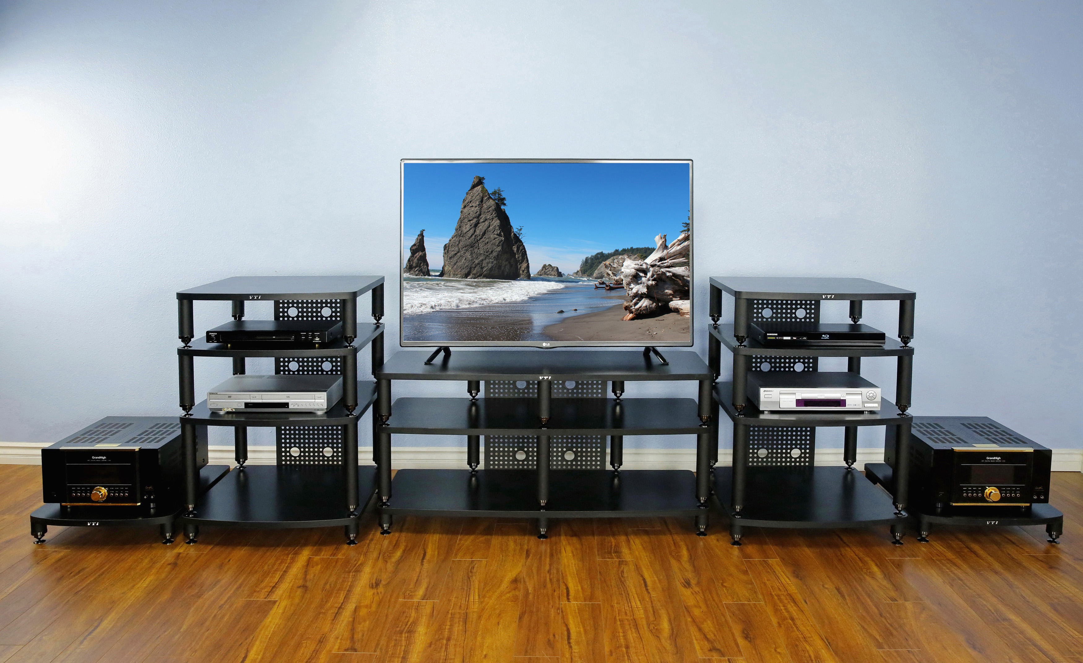 cabinets audiovideo amazoncom bell video in with x salamander cherry audio bh cabinet atc sdavlc o light smoked design glassdoors component